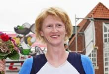 Carolin Aehling hängt in der Warteschleife