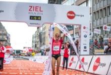 Raymond Choge gewinnt den Jubiläumsmarathon in Köln