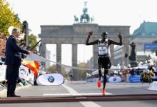 Dennis Kimetto läuft am Wörthersee