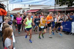 Start über 10 km am Norderneyer Kurplatz