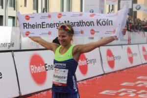Rebecca Robisch gewann mit großen Vorsprung den Marathon in der Domstadt