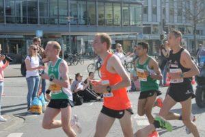 Führungsgruppe bei der DM im Halbmarathon mit dem späteren Sieger Karsten Meier (vorne). Foto: Valentin